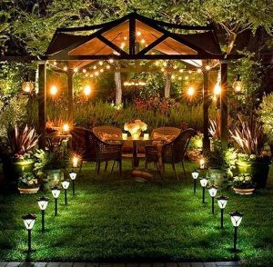14 Outdoor Solar Lights You'll Love and some Important Usage Tips